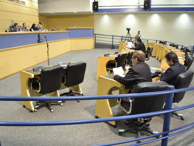 Plenário da Câmara pouco antes das 10h (Foto: Fernando da Mata)