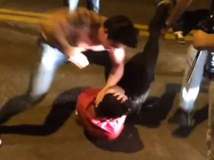 'Meu filho nem veio trabalhar hoje', diz pai de agressor sobre ameaças