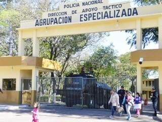 Sede do grupo especializado da polícia paraguaia, onde Pavão está preso (Foto: ABC Color)