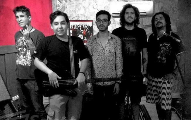 A banda toca desde 2011. (Foto: Divulgação)