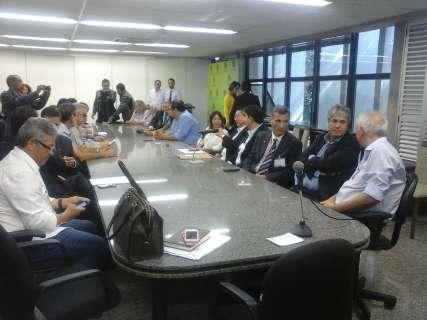 Reunião para discutir contrato entre hospital e prefeitura é adiada para segunda
