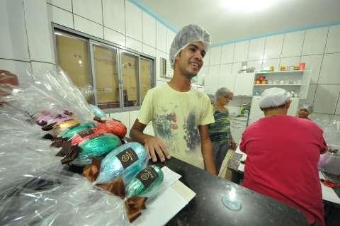 Venda de ovos de Páscoa dá lucro de R$ 1 mil e rende até R$ 15 mil bruto