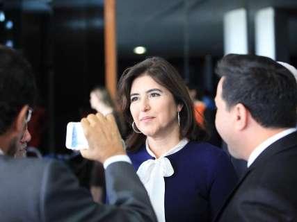 Reinaldo, Simone e Tasso Jereissat inauguram centro de eventos na Capital