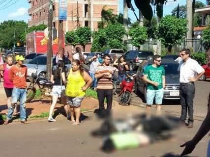 Grávida e mulher que a acompanhava em motocicleta morrem em acidente