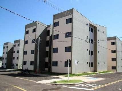Em sorteio, 10 mil pessoas disputam 102 apartamentos da Emha