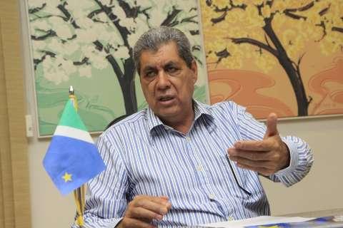 André diz que não disputará vaga de senador e provoca rivais
