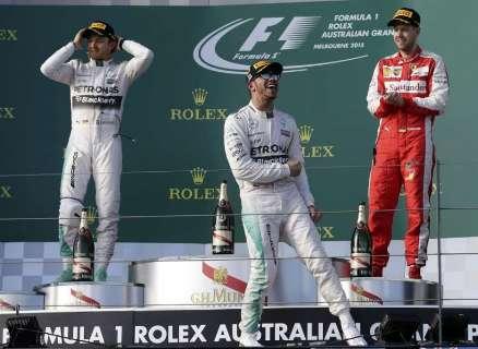 Temporada da Fórmula 1 começa com Hamilton em 1º e surpresa brasileira