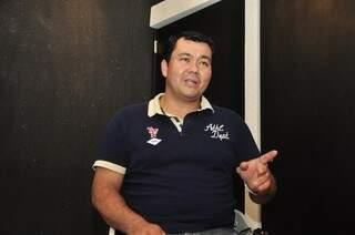 Marcelo levou a experiência com vendas e uma temporada no Japão para aperfeiçoar a atendimento no salão (Foto: João Garrigó)
