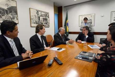Preservação e ameaças ao rio Taquari são tema de reunião com ministro