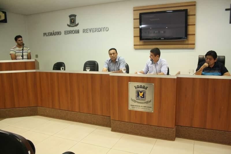 CPI ouviu o representante de uma das empresas terceirizadas na tarde de hoje (Foto: Marcos Ermínio)