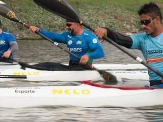 Fernando durante treino (Foto: Reprodução / Facebook)