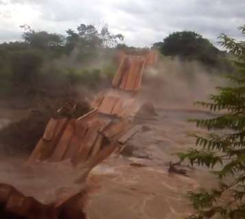 Estado fará contrato emergencial para reconstruir ponte e acionará MPE