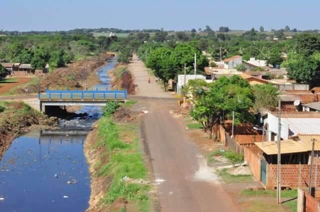 Vila Cachoeirinha; de favela sobre lixão a bairro com asfalto e esgoto