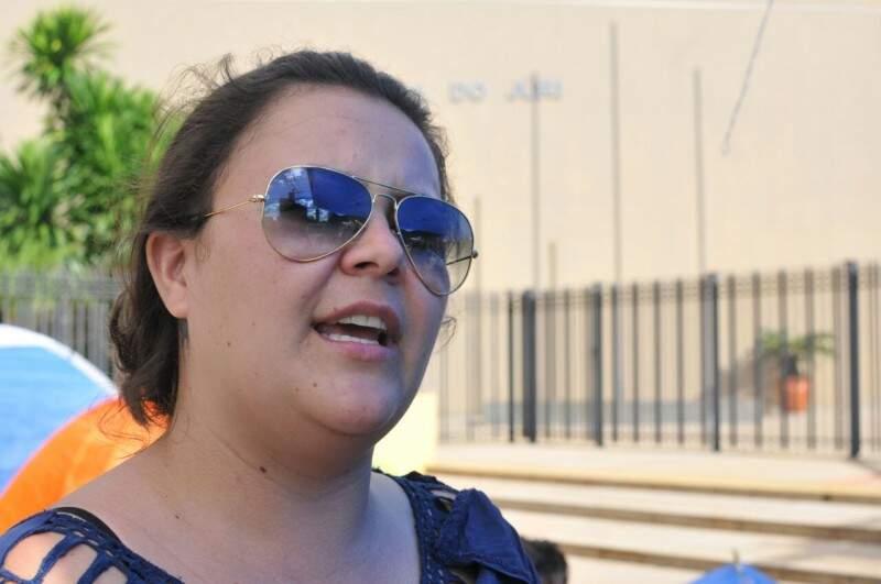 Dione pede garantia de que os direitos trabalhistas sejam pagos (Foto:Alcides Neto)