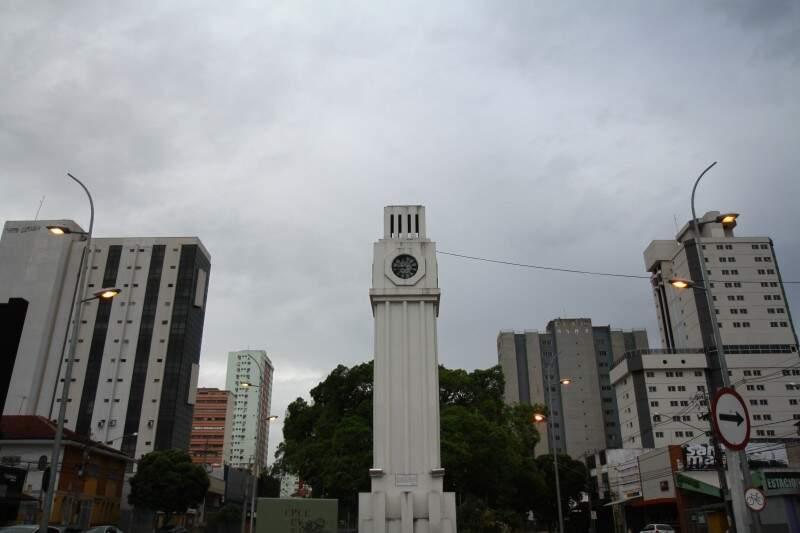 No domingo, o dia deve começar com tempo parcialmente nublado. (Foto: Alcides Neto)