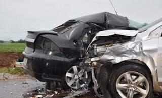 Acidente ocorreu na tarde de ontem e motorista ficou em estado grave (Foto: Roberto Speed/Maracaju Speed)