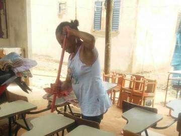 Com poucos materiais, moradores vão recomeçar ações em escolinha de favela