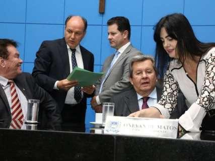 """Assembleia aguarda decisão nacional para votar """"escola sem partido"""""""
