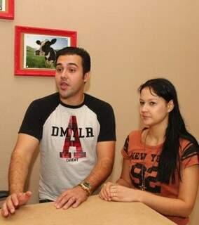 Eduardo e Jéssica escolheram Campo Grande para morar. (Foto: Fernando Antunes)