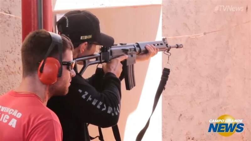 Treinamento investigado habilitou agentes para usar armas