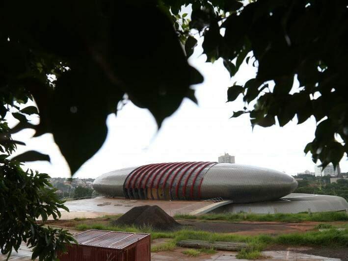 Aquário do Pantal, no Parque das Nações Indígenas; obra está parada (Foto: Marcos Ermínio)
