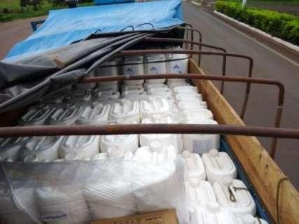 Caminhão com mais de 3 mil litros de agrotóxicos é apreendido na MS-289