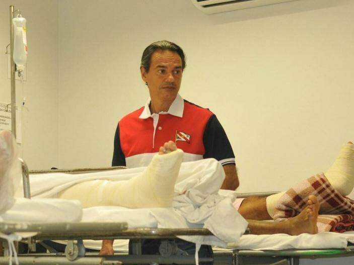 Marquinhos conversou com pacientes que esperam por cirurgias ortopédicas (Foto: Alcides Neto)