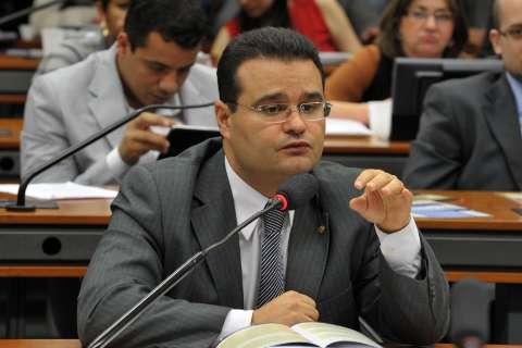 Fábio Trad defende reajuste do piso dos professores pelo INPC