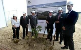 BMW lança pedra fundamental para o inicio da construção de sua fábrica no Brasil