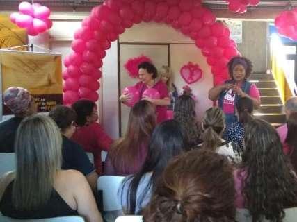 """Governo lança campanha """"Outubro Rosa"""" com apresentação teatral"""