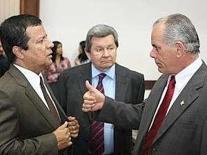 """Constitucionalista diz que CPI """"não pode indiciar"""", como queria Amarildo"""