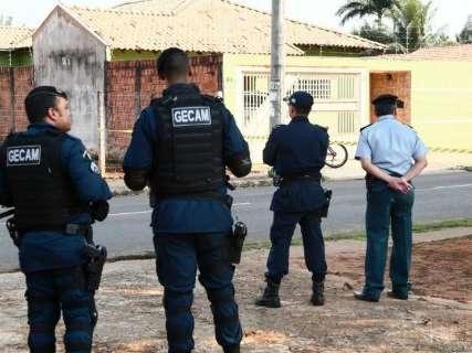 Polícia faz 5 versões de reconstituição de major morto pela esposa tenente