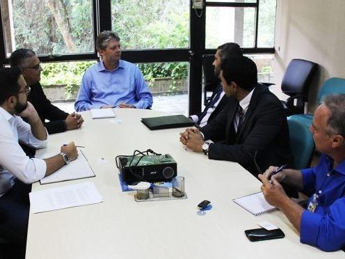 Primeira reunião ocorreu com secretário Jaime Verruk (Foto:Semade)