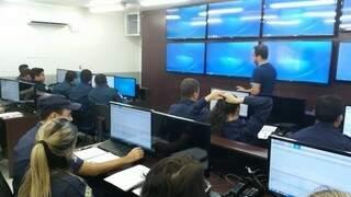 Central de monitoramento tem agilizado ocorrências na região central. (Foto:Divulgação)