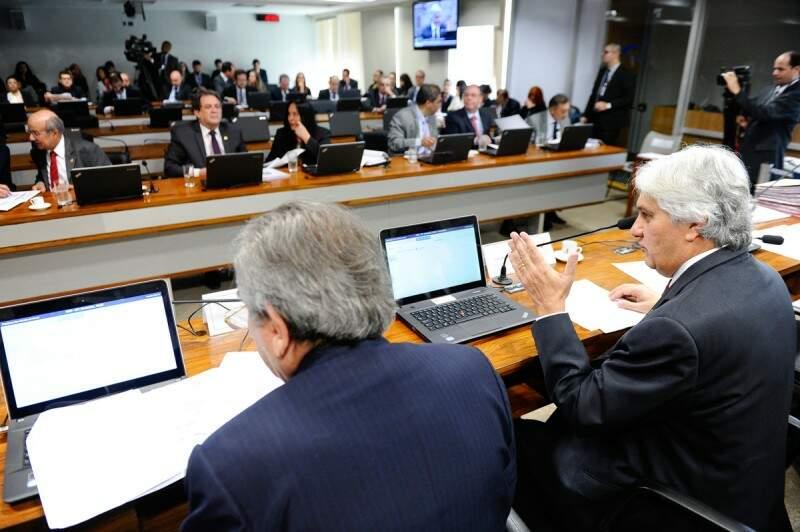 Delcidio destaca aprovação de projeto sobre setor elétrico (Foto:Divulgação)
