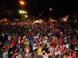 Público decide: Carnaval ou ambulância em Bonito? (Foto: Arquivo/Bonito Informa)
