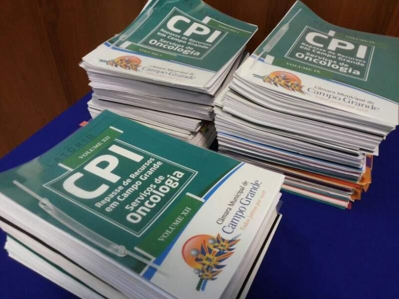 Cópias dos relatório da CPI da Saúde: 150 páginas de investigações