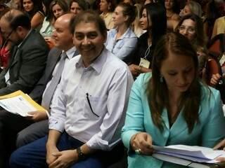 Prefeito e Thaís Helena participaram de evento na manhã de hoje (Foto: Kleber Clajus)