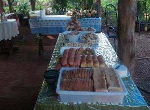 Empresa familiar produz pães e bolos a partir de hortaliças para escolas