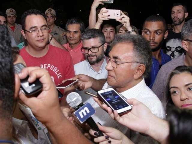 """Com 55% dos votos em MS, Bolsonaro é """"disputado"""" por Reinaldo e Odilon"""