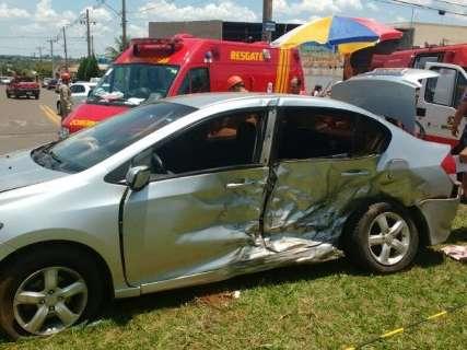 Mulher morre e cinco ficam feridos em acidente na Avenida Guaicurus