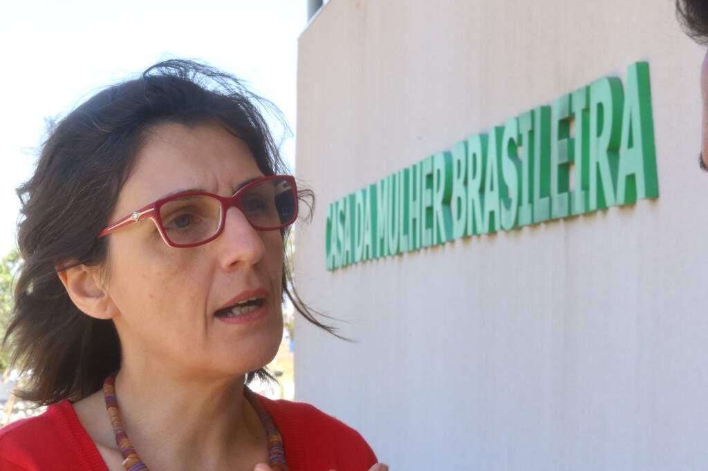 Especialista da USP, Vânia Pasinato, concedeu entrevista na Casa da Mulher Brasileira (Foto: André Bittar)