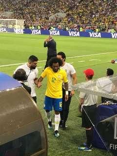 Brasil põe a Sérvia na roda, faz 2 a 0 e vai encarar o México nas oitavas