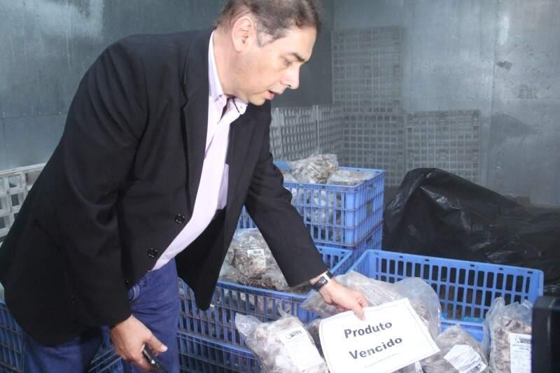 Ex-prefeito Alcides Bernal na Suali em 2015, após vistoria da CGU. (Foto: Marcos Ermínio/Arquivo)