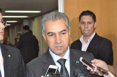Governador entrega projeto que reduz ICMS do diesel na Assembleia