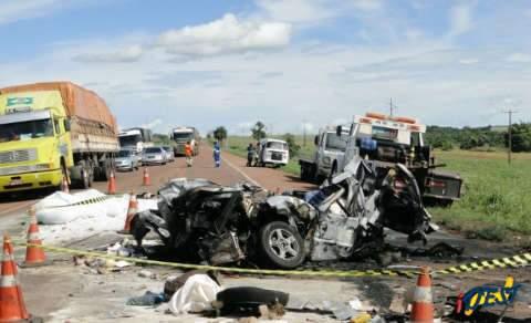 Duas pessoas morrem em acidente na BR-163, perto de São Gabriel