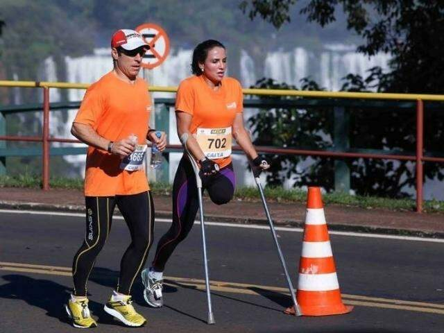 Marinalva durante corrida das Cataratas do Iguaçu, em 2013. (Foto: Reprodução Facebook)