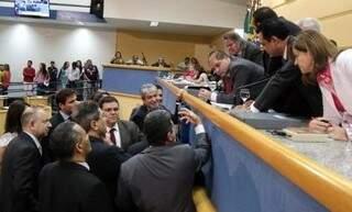 Vereadores votam um projeto e um veto do executivo, além de promover sessão no Jardim Tijuca (Foto: Divulgação/CMCG)