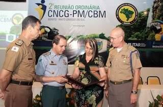 Secretária nacional de Segurança Pública também participou do encontro (Foto: Divulgação/Denilson Secreta)
