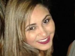 Aline morreu em dezembro do ano passado após aborto clandestino (Foto: Reprodução/ Facebook)